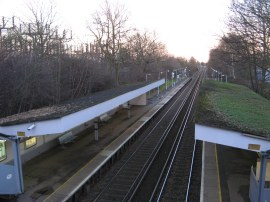Falconwood Station