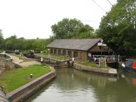 Marsworth Top Lock