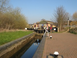 Cotton End Lock