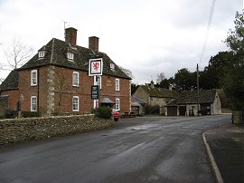 The Red Lion, Castle Eaton
