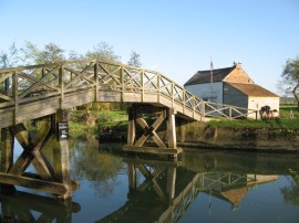 Eaton Footbridge