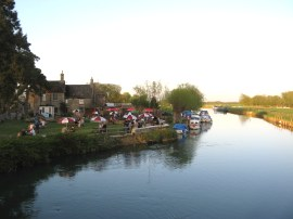 Swan Inn, Radcot Bridge