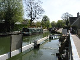 Approaching Osney Lock