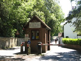 Toll booth, Whitchurch Bridge
