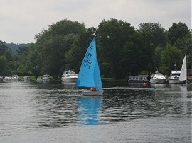 Sail Boat nr Cookham