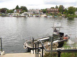 The Shepperton - Weybridge Passenger Ferry