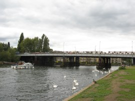 Walton Bridge