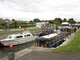 Sunbury Lock - 39