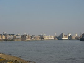 View down towards the Isle of Dogs