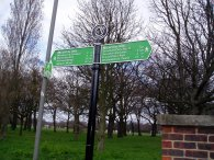 Fingerpost, Tooting Bec Common
