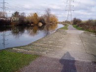 Lea Valley Walk path nr Picketts Lock