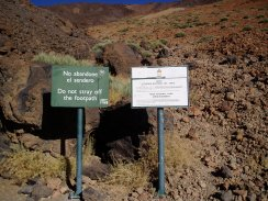 The start of the trail to Teide