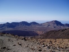 View over Las Ca�adas crater