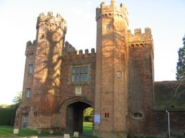 Gatehouse, Lullingstone Castle