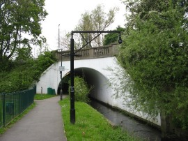 Path under the North Circular